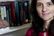 """Entrevista Suzana Herculano-Houzel: """"Fazer ciência no Brasil é inviável"""""""