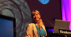 Susan Greenfield: benefícios da leitura