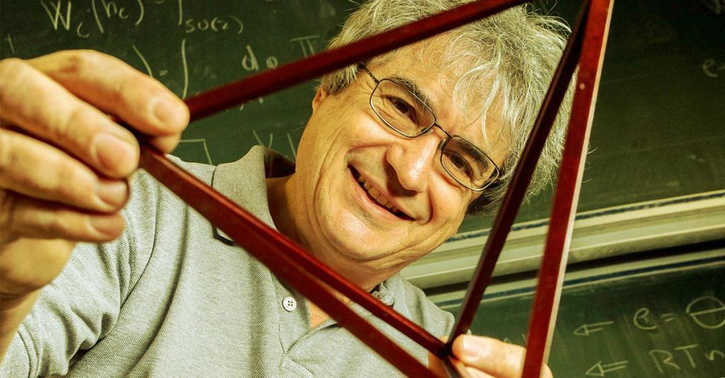 Carlo Rovelli abre o ciclo de conferências Fronteiras do Pensamento 2017