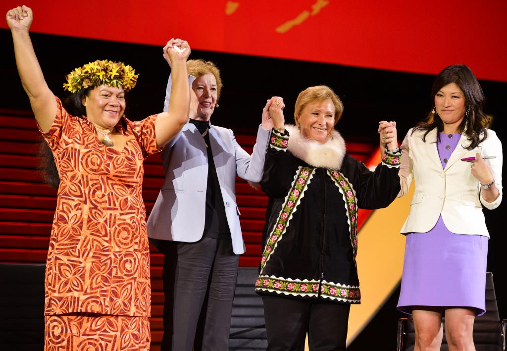 Penelise Alofa, Mary Robinson, Patricia Cochran e Juju Chang no Women in the World Summit 2015 (NY)