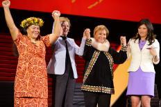 """Mary Robinson: """"Uma liderança real, sustentável, fortalece a instituição, dá visão e propósito"""""""