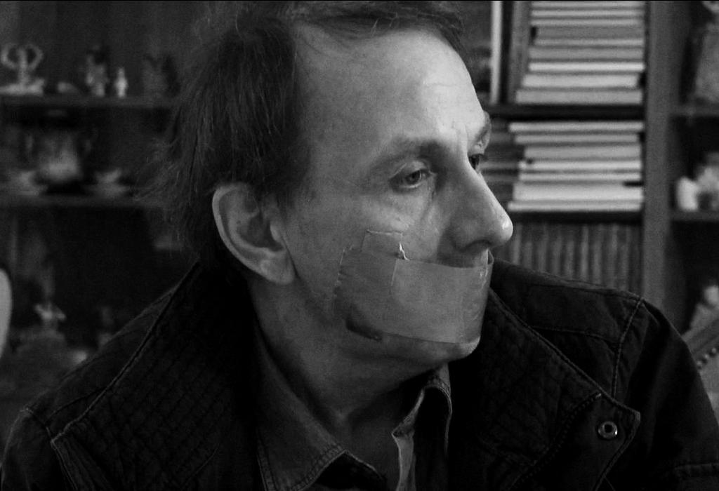 Cena do filme O sequestro de Michel Houellebecq (2014)