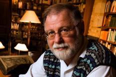 """Alberto Manguel: """"Somos os livros que já lemos"""""""