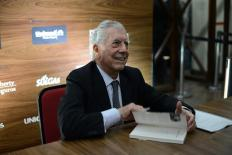 """""""Autocrítica do Brasil é necessária"""", diz Nobel Mario Vargas Llosa"""