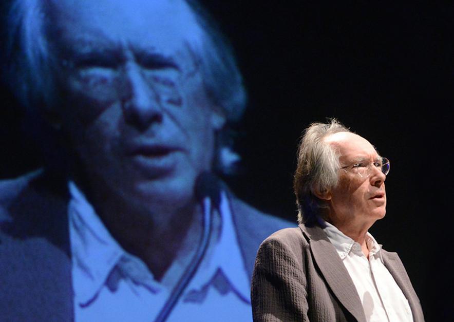 Ian McEwan (foto: Fronteiras do Pensamento | Luiz Munhoz)