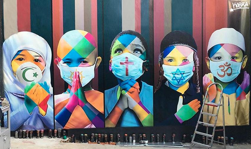 Grafite do artista Kobra em homenagem às vítimas do coronavírus.