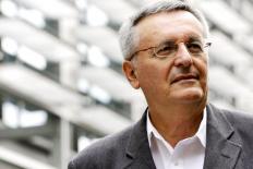 John Gray: a civilização é natural para os seres humanos – mas também é a barbárie