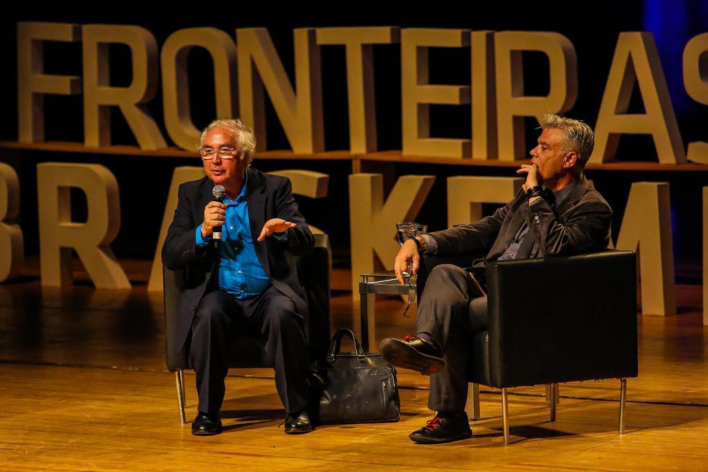 Manuel Castells no Fronteiras Braskem do Pensamento (foto: Ulisses Dumas / Ag. BAPRESS)