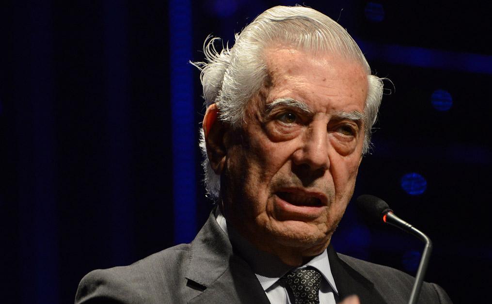 Mario Vargas Llosa no Fronteiras Porto Alegre (foto: Luiz Munhoz/Fronteiras do Pensamento)