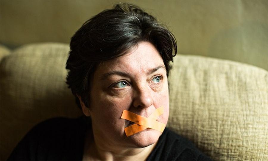 Julie Bindel (foto: Elena Heatherwick/The Guardian)