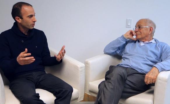 Yuval Noah Harari e Daniel Kahneman (Edge.org)
