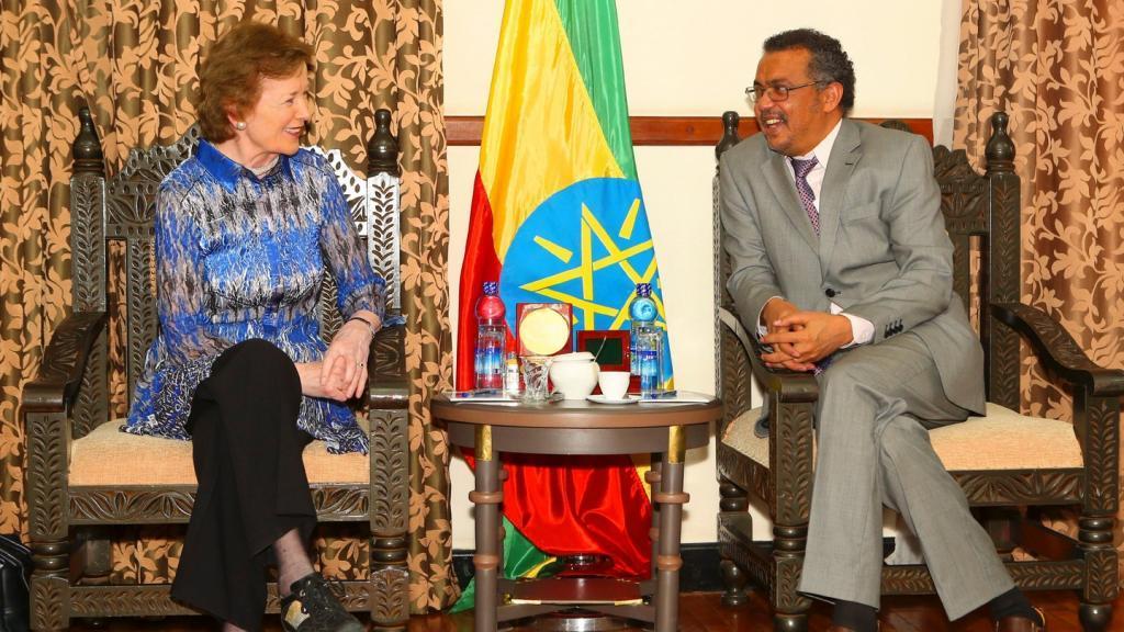 Mary Robinson e Tedros Adhanom Ghebreyesus