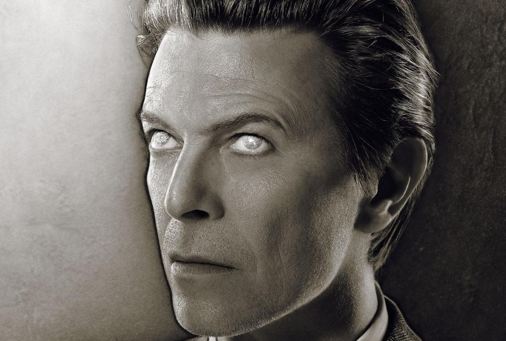 David Bowie (detalhe da capa de Heathen)