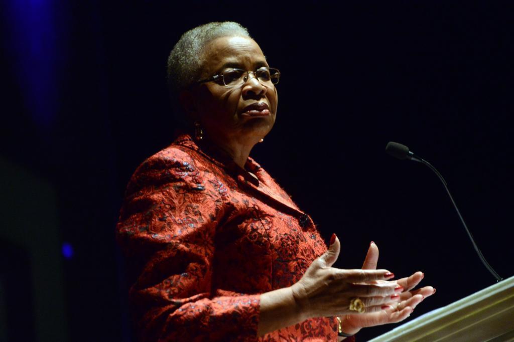 Graça Machel foi a primeira conferencista do Fronteiras Porto Alegre.
