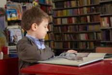 """Manuel Castells: """"A educação é o bem prioritário"""""""