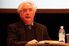 Manuel Castells e a política da nova era