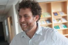 """Joshua Greene: """"Resolver problemas como o aquecimento global requer cooperação em escala global"""""""