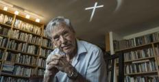 Amós Oz e David Grossman são indicados ao Man Booker Internacional Prize