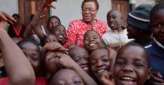 O que Graça Machel quer de nós? Ativista abre ciclo de conferências esta semana