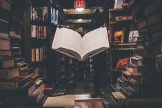 """Alain Mabanckou: """"Não há caminho proibido na literatura"""""""