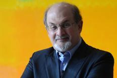 Salman Rushdie somos todos filhos de Scheherazade