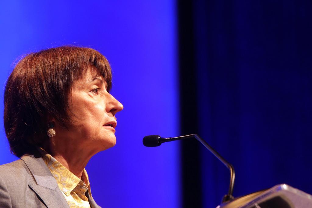 Catherine Millet no Fronteiras do Pensamento São Paulo 2018
